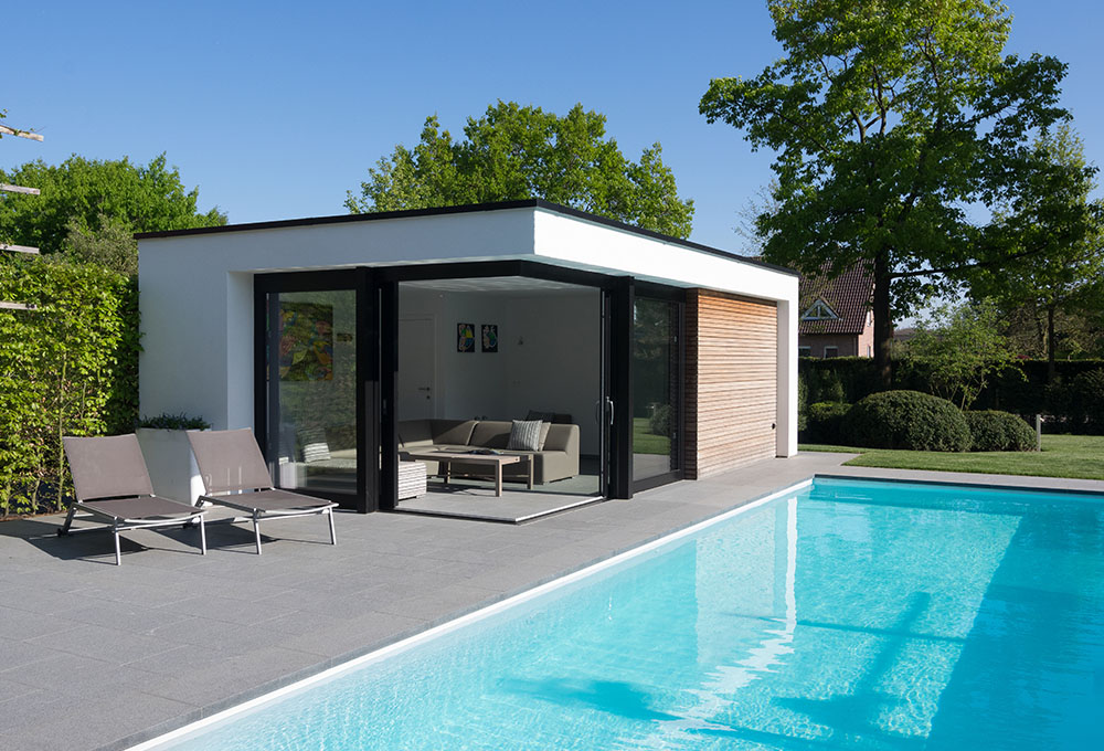 Veranclassic pool house optez pour du sur mesure - Photos pool house piscine ...