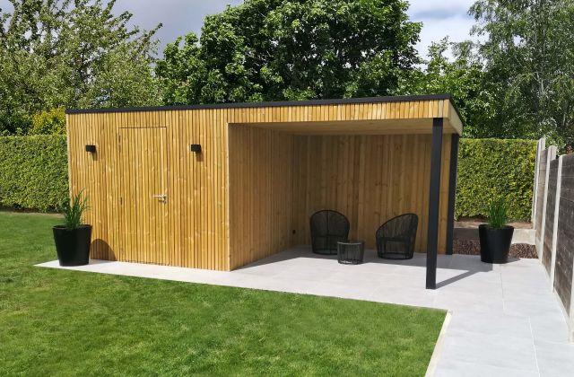 Abri de jardin Moderne avec Auvent en Sapin Rouge du Nord