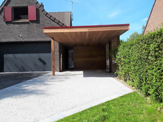 Moderne carport in Iroko