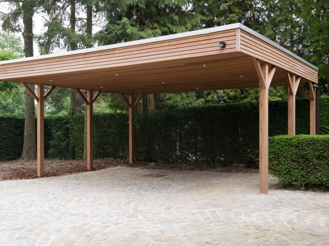 Carport in hardhout