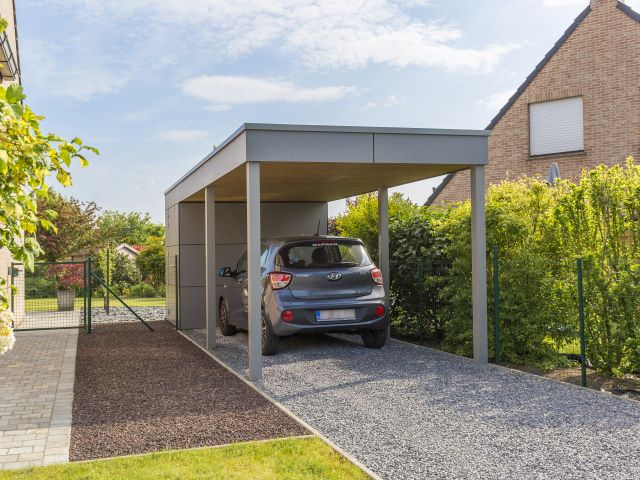 Moderne Carport in Trespa