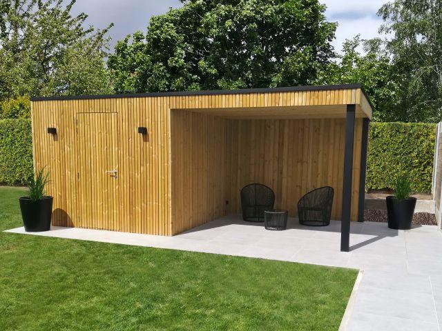 Cube Tuinkamer met overdekt terras in grenenhout