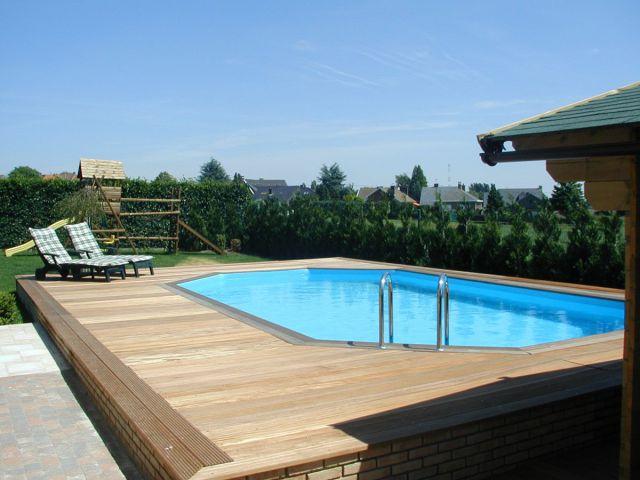 Veranclassic geniet van een houten zwembad for Budget piscine bois