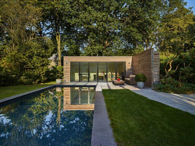 Pool House Moderne