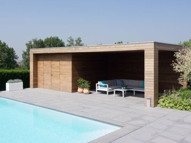 Pool house avec débarras en afrormosia
