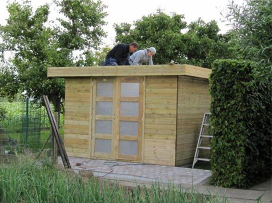 Vierkant tuinhuis in hout met plat dak