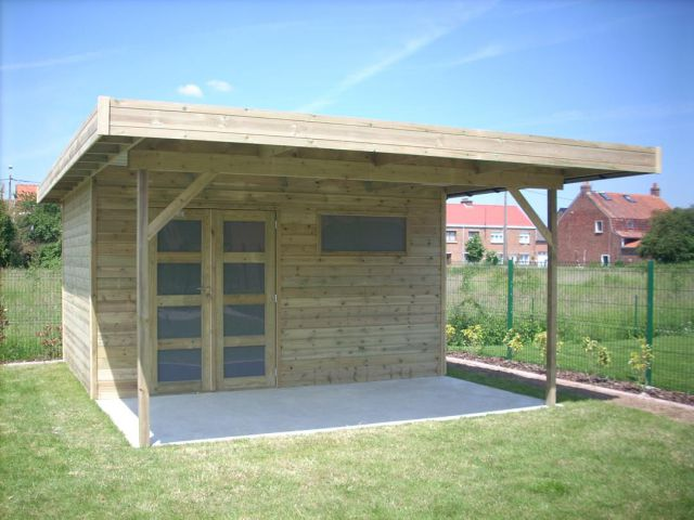 Abri de jardin moderne en bois