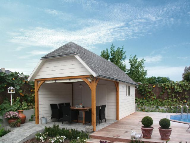 Cottage met overdekt terras in Engelse stijl