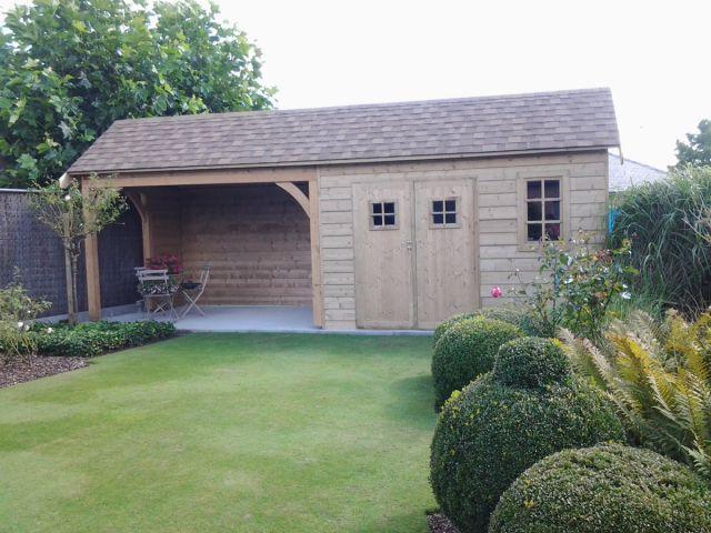 Cottage met terrasoverkapping