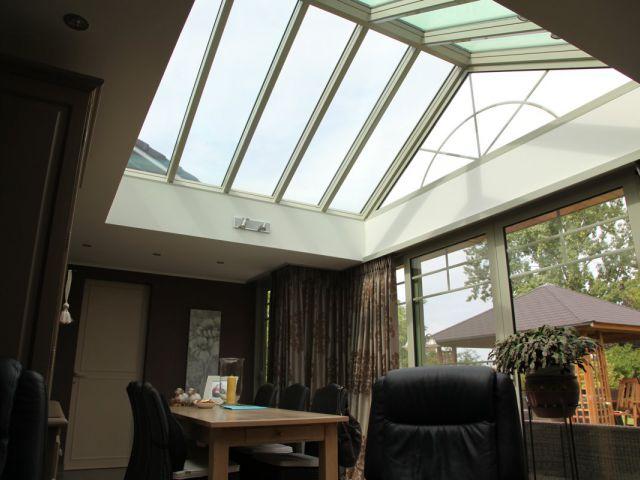 Uitbouw veranda met dakramen