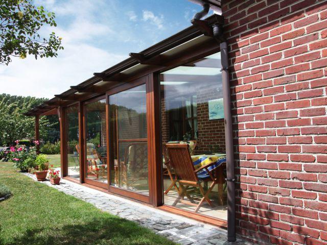 Aangebouwde veranda-pergola
