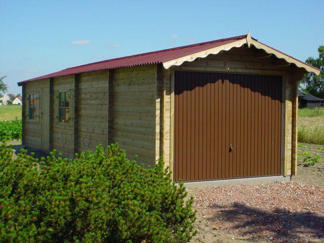 Garage classique avec porte basculante