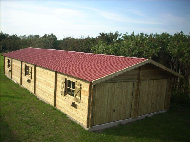 Double garage en bois sur mesure, avec espace atelier
