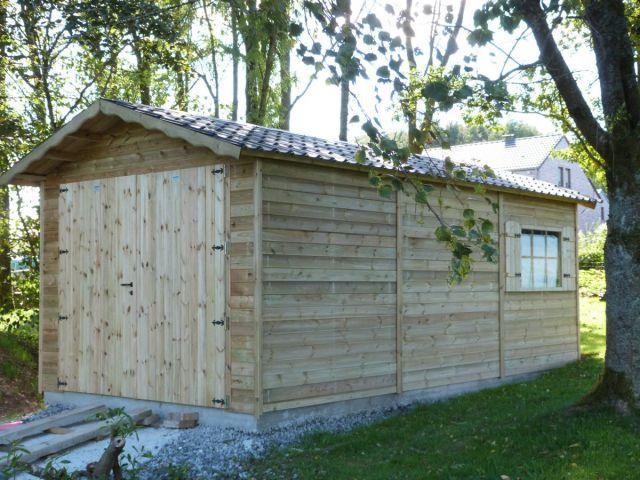 Garage classique avec double porte