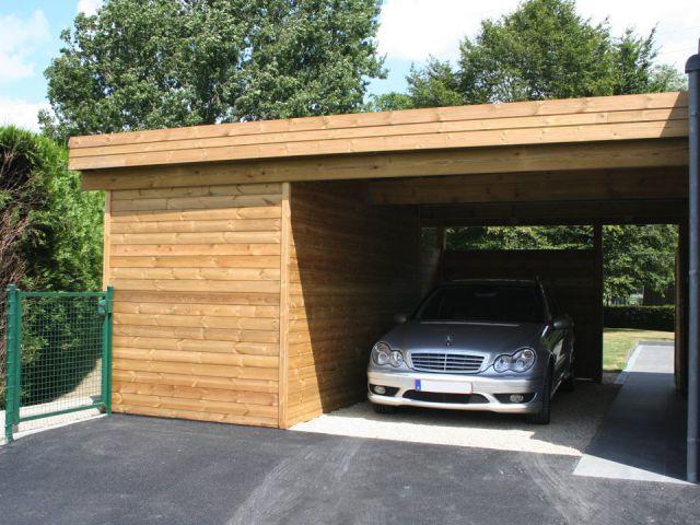 Moderne aaanbouw carport met tuinhuis
