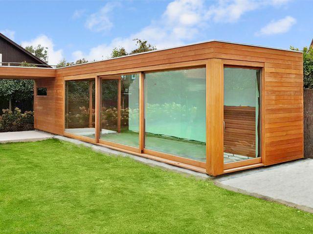 Pool house avec pergola en Moabi