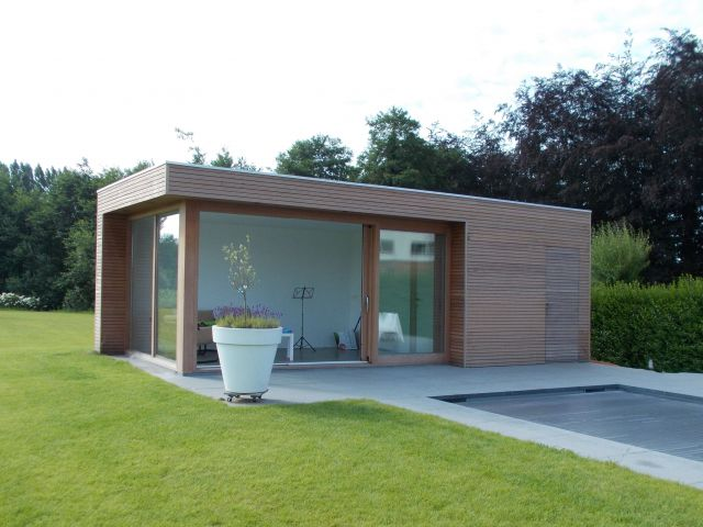 Poolhouse in hardhout