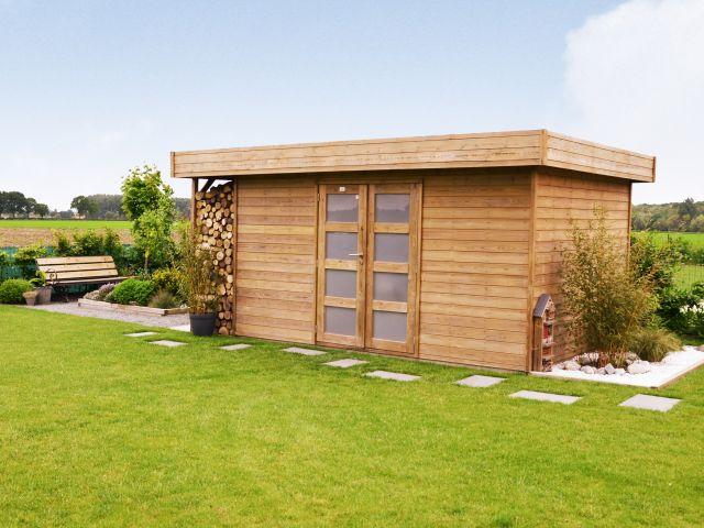 Modern tuinhuis met houtstapelplaats