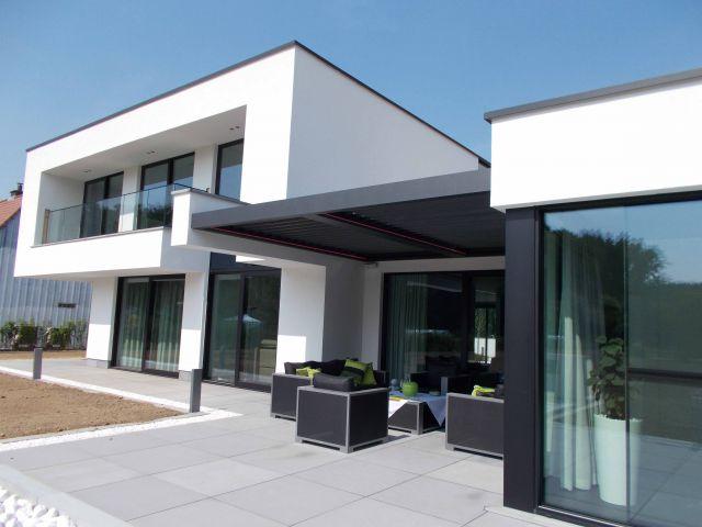 Toiture de terrasse avec LED