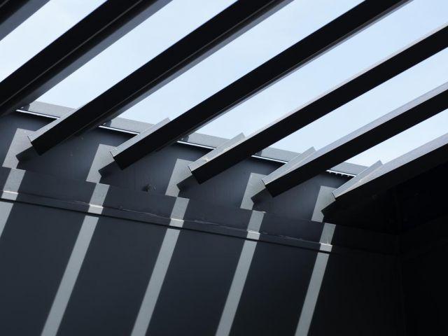 Renson terrasoverkapping met beweegbare lamellen