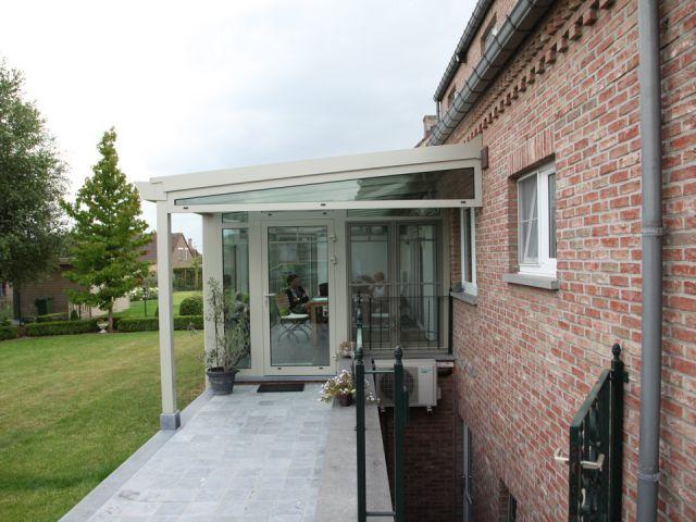 Aluminium veranda met terrasoverkapping