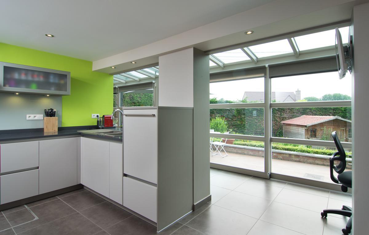 Veranclassic aanbouw veranda in gelakt hout - Uitbreiding keuken veranda ...