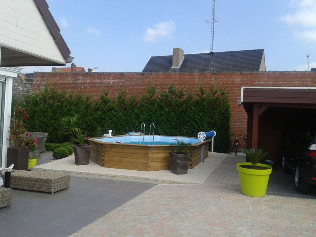 Veranclassic profitez d 39 une piscine en bois for Produit piscine castorama