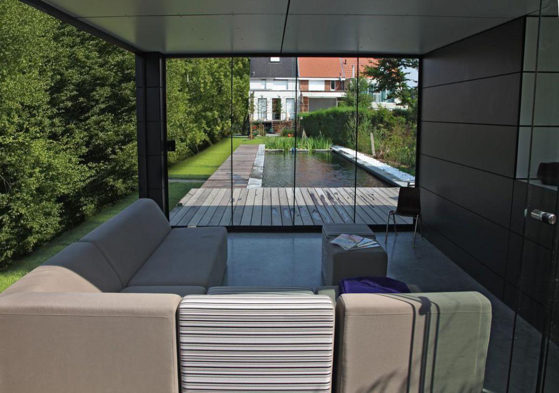 Poolhouse en trespa veranclassic for Luminaire exterieur ral 7016