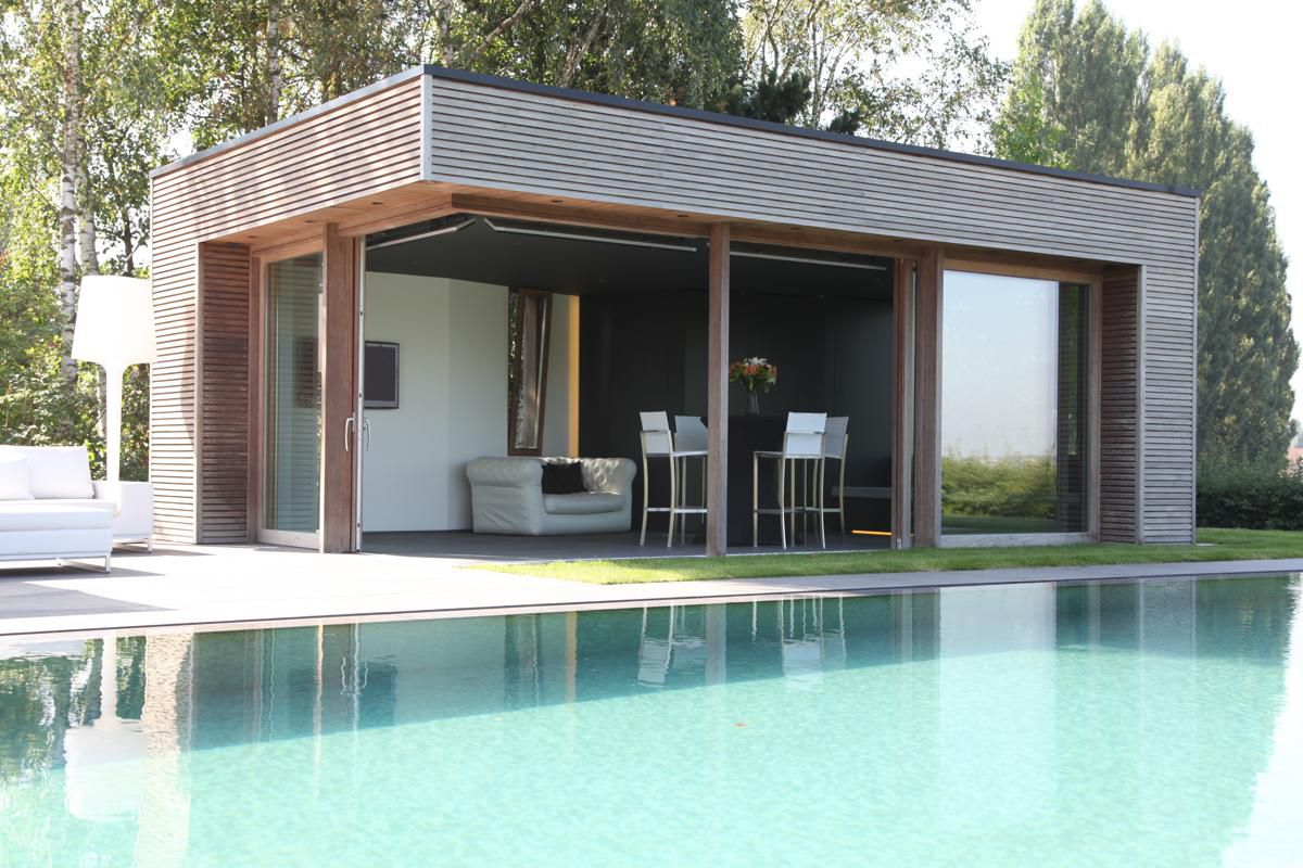 veranclassic modern houten poolhouse in afrormosia. Black Bedroom Furniture Sets. Home Design Ideas