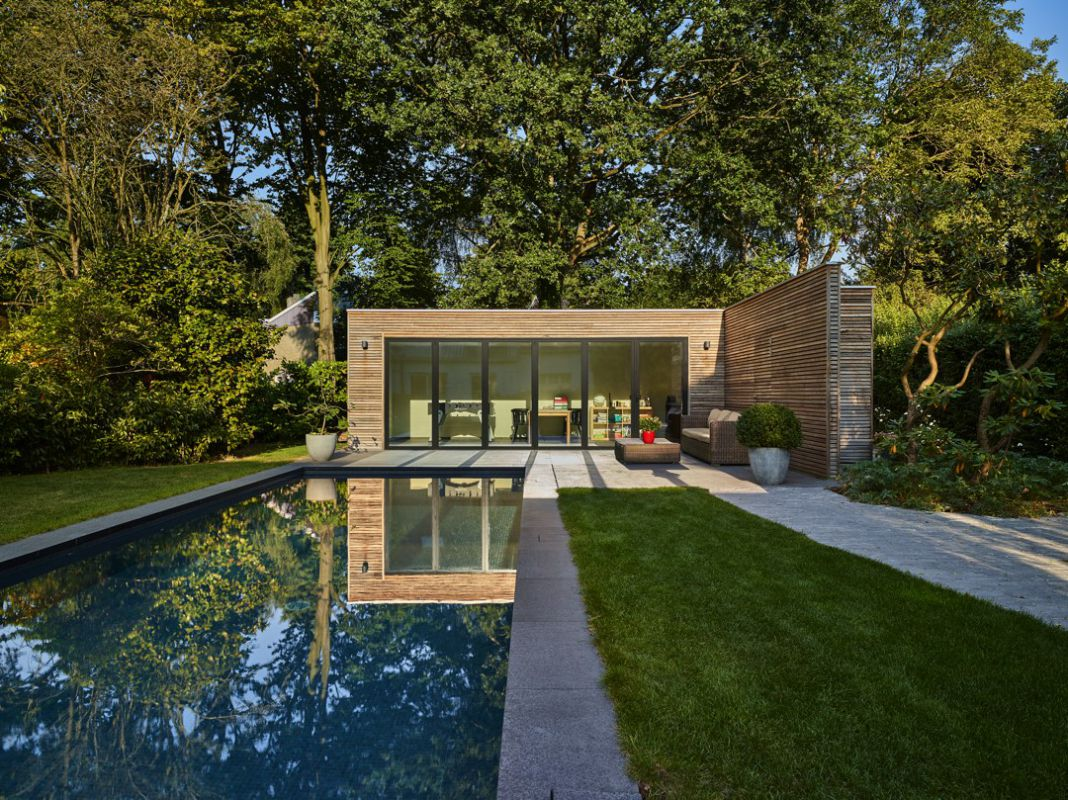 poolhouse in padoek veranclassic. Black Bedroom Furniture Sets. Home Design Ideas