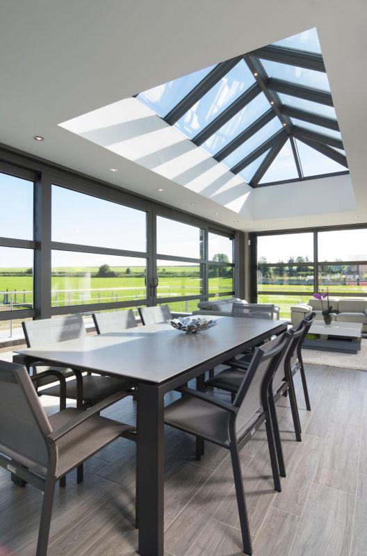 verandas modernes excellent veranda with verandas. Black Bedroom Furniture Sets. Home Design Ideas