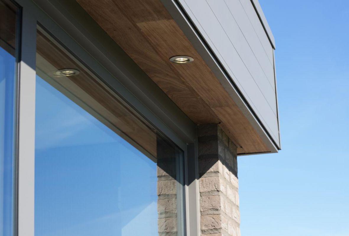 Veranclassic extension v randa moderne for Lumiere exterieur maison