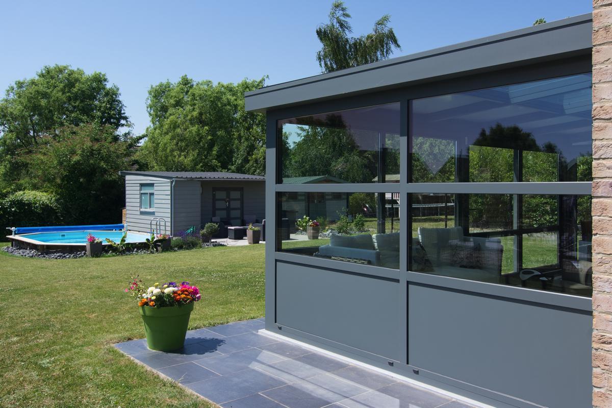 veranclassic v randa pergola moderne en aluminium. Black Bedroom Furniture Sets. Home Design Ideas